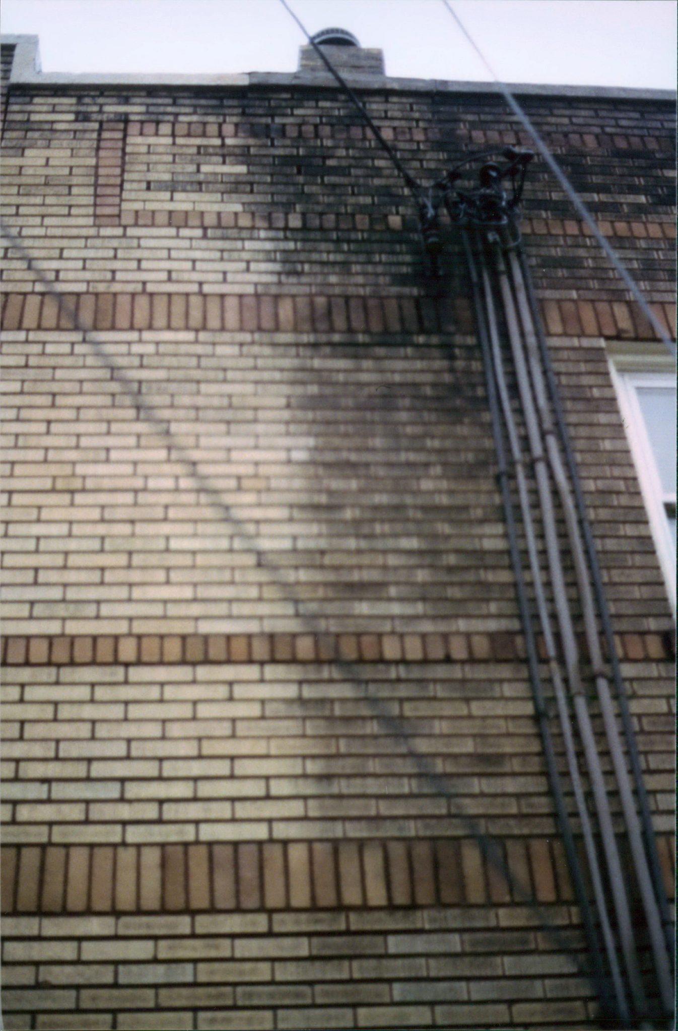 Restoring brick to it original color