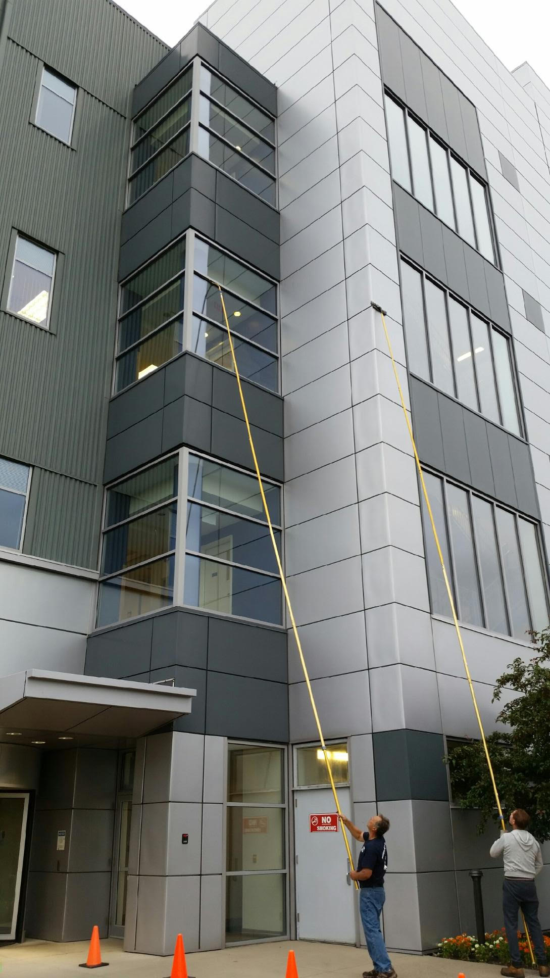 Gallery Professional Window Cleaning Amp Powerwash Inc